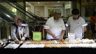 """Uiguren aus Xinjiang werden wie """"Terroristen"""" behandelt"""